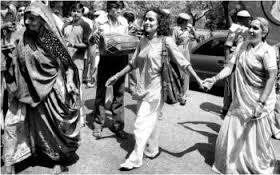 Medha Patkar & Arundhati Roy