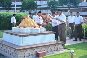 guruji-samadhi